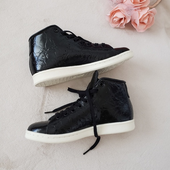 new arrival 3f858 45613 adidas Shoes - Adidas Stan Smith Shiny Black Mid Shoes